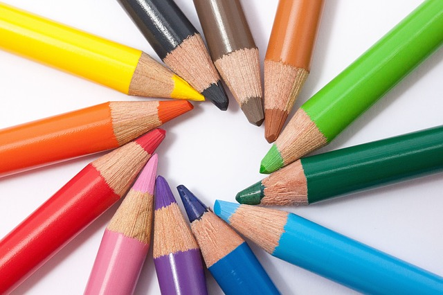 Circle of colored pencils represents a design with good balance.
