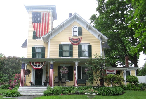 Historic Ridgefield CT home with architecturally pleasing lines.