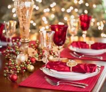 dinner-party-1.jpg