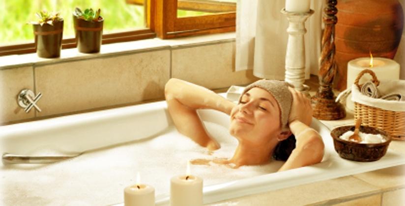 lady-in-bath.jpg