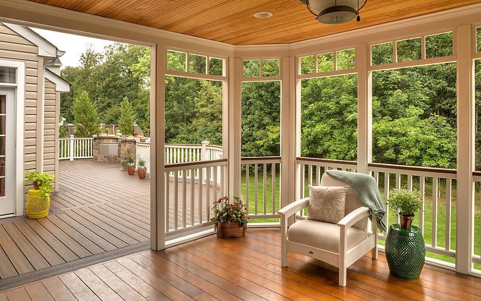 trex-transcend-white-railing-view-to-outside.jpg