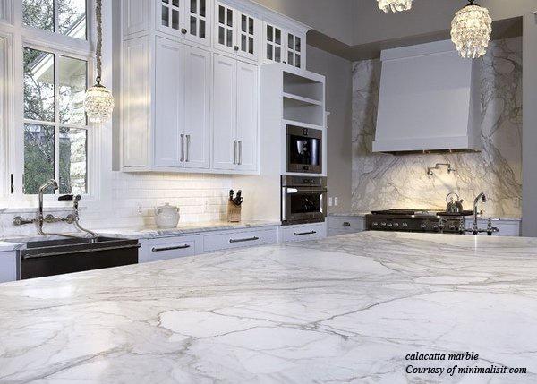 white-kitche-cabinets-calacatta-marble-countertop-pendant-lightings MINIMALISTI2.jpg