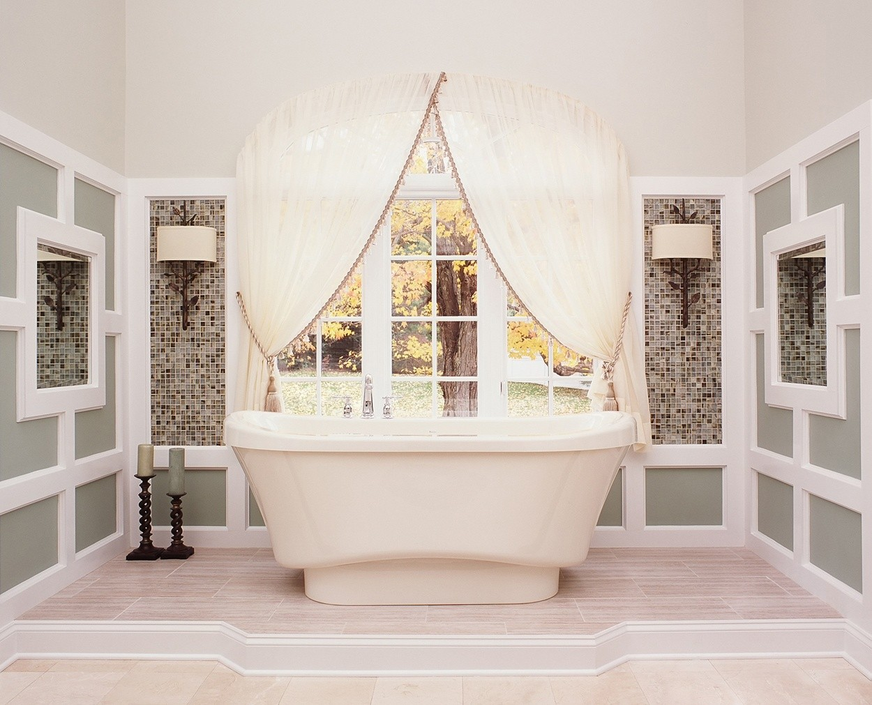 Intricate detailing breaks up the lines in this oversized master bath.